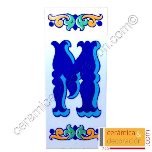 Letra M Cenefa azul