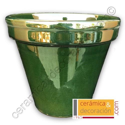 Maceta de barro verde carruaje